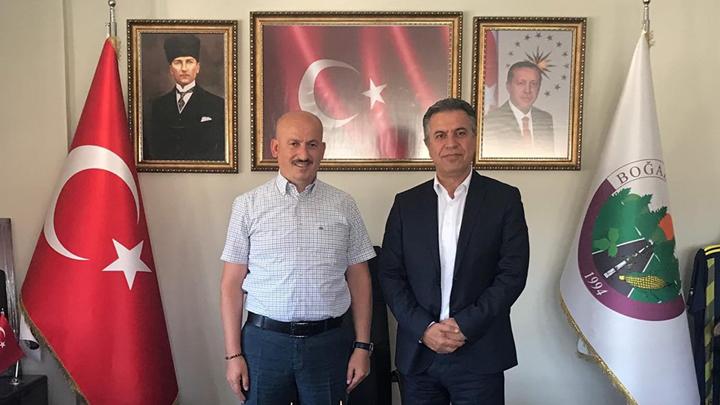 Turgay Çelik, Belediye Başkanımız İbrahim Ercan'ı makamında ziyaret ettiler.