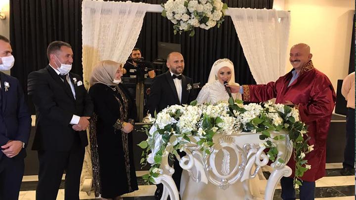 Ayşenur Caboğlu ile Mesut Dudak'ın nikah akdini gerçekleştirdik