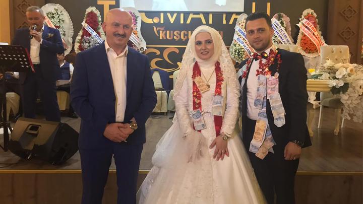 Emine Şengür ile Fatih Dil'in düğün merasimine katıldık.