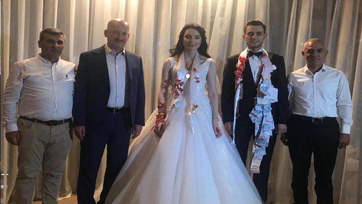 Zeynep Yılmaz ile Ahmet Cömert'in İstanbul'daki düğün merasimine katıldık
