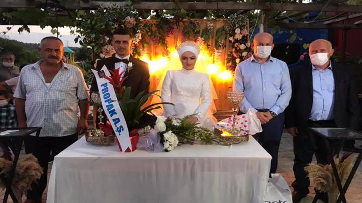 Emel Ataseven ile Metin İzmirli?nin düğün merasimine katıldık