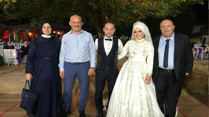Özge Türkoğlu ile Yakup Yıldız'ın düğün merasimine katıldık