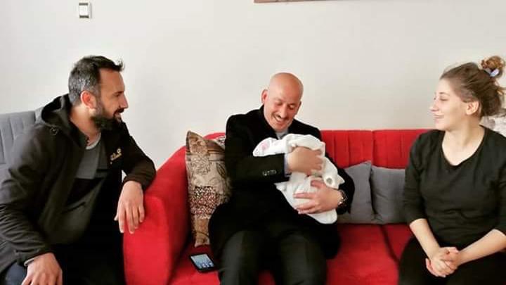Yeni doğan Nazende bebeği ziyaretimiz