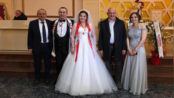 Aysun Özcan ile Selman Akyol'un düğün merasimine katıldık.
