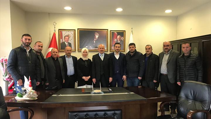 AK Parti Düzce Merkez İlçe Başkanı ve yönetim kurulu üyelerinin tebrik ziyareti