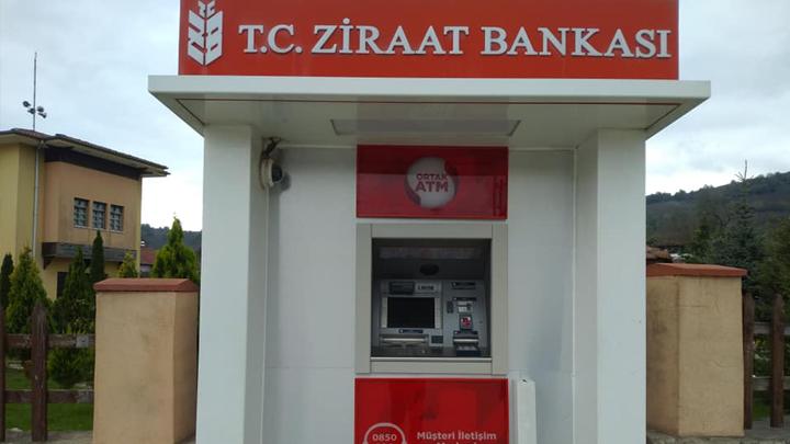 Belediyemizin önünde bulunan ATM cihazı yenilendi