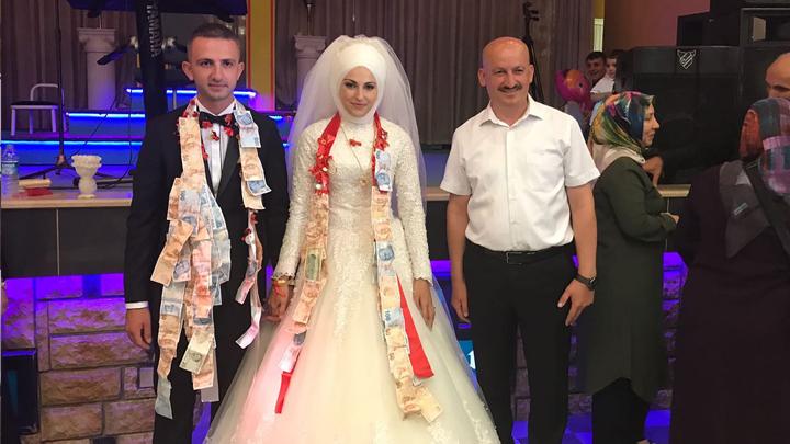 Murat Kara ile Şeyda Toraman çiftinin düğün merasimine katıldık