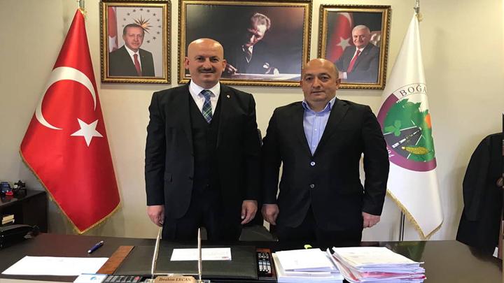 Yeşilköy Mahallesi Muhtarı Murat Altınışık'ın tebrik ziyareti