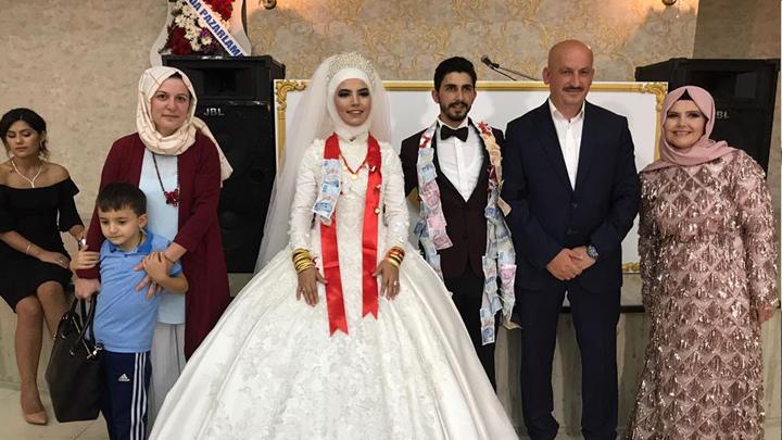 Gizem Şener ile Onur Karaarslan çiftinin düğün merasimine katıldık