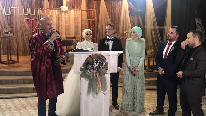 Zuhal Kara ile Tahsin Kavas'ın nikah akdini gerçekleştirdik