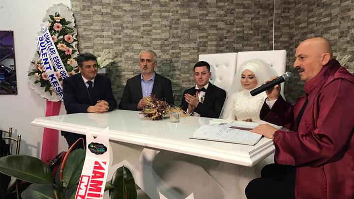 Mehmet Yılmaz ile Kevser Beranda çiftinin nikah akdini gerçekleştirdik.