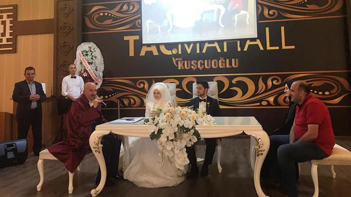 Zeliha Alemdar ile Halit Caboğlu'nun nikah akdini gerçekleştirdik.