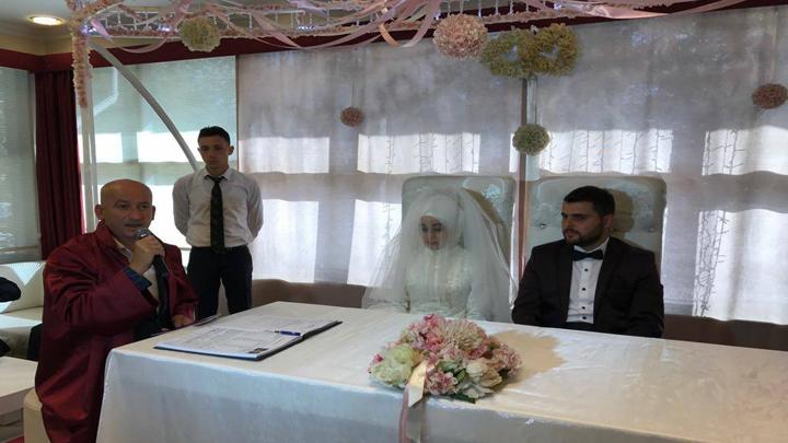 Berna TOKKAL ile Özgür ÇABUKOĞLU çiftinin nikah akdini gerçekleştirdik.
