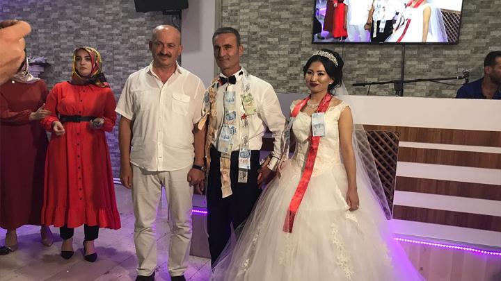 Nazgül Usubalıeva ile Orhan İzmirli çiftinin düğün merasimine katıldık