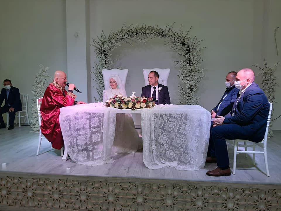 Hatice İzmirli ile Ramazan Bayraktar'ın nikah akdini gerçekleştirdik