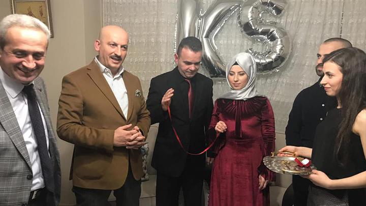 AK Parti Boğaziçi Belde Başkanı Sayın Korhan Kara ile Sevilay Şeker'in nişan merasimine katılarak çiftin yüzüklerini taktık.