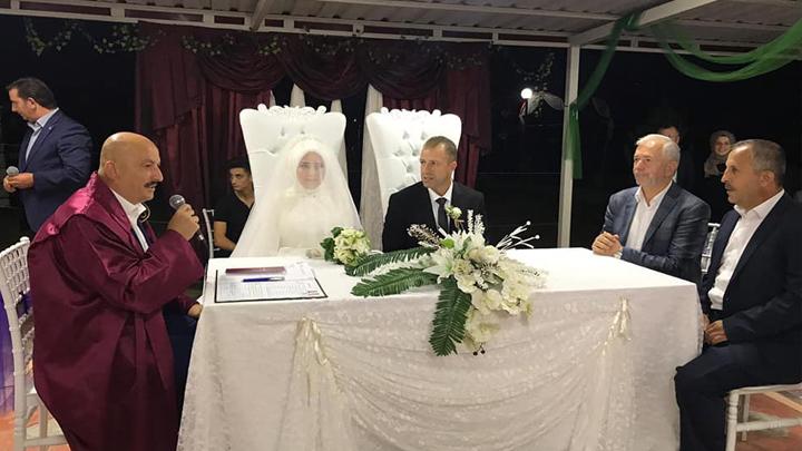 Ayşegül Albayrakoğlu ile Ömer Sönmezoğlu'nun düğün merasimine katıldık