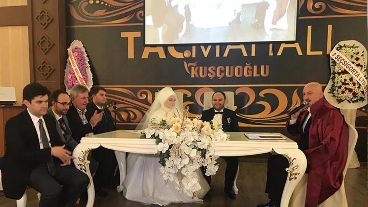 Hanife Soyer ile Yüksel Dinler'in çiftinin nikah akdini gerçekleştirdik