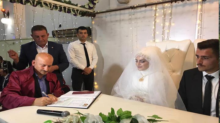 Betül Kara ile Fatih Sarıgüzel çiftinin nikah akdini gerçekleştirdik