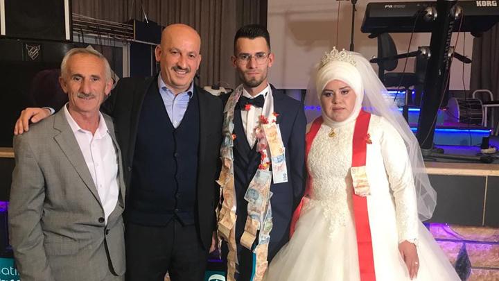 Serkan Kul ile Melek Yazgeldi'nin düğün merasimine katıldık.