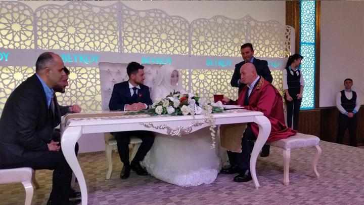 Özlem TOPUZ ile İlker YILDIZ'ın düğün merasimine katıldık