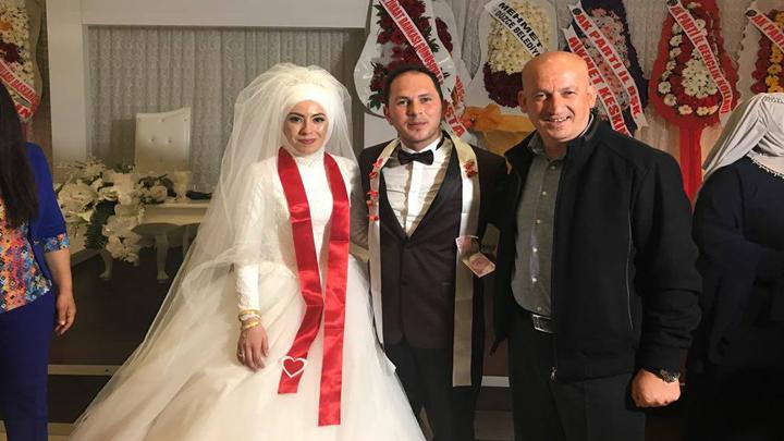 AK Parti Gümüşova Gençlik Kolları Başkanı Cihan ÜNAL ve Gülsüm NURTEN çiftinin düğün merasimi